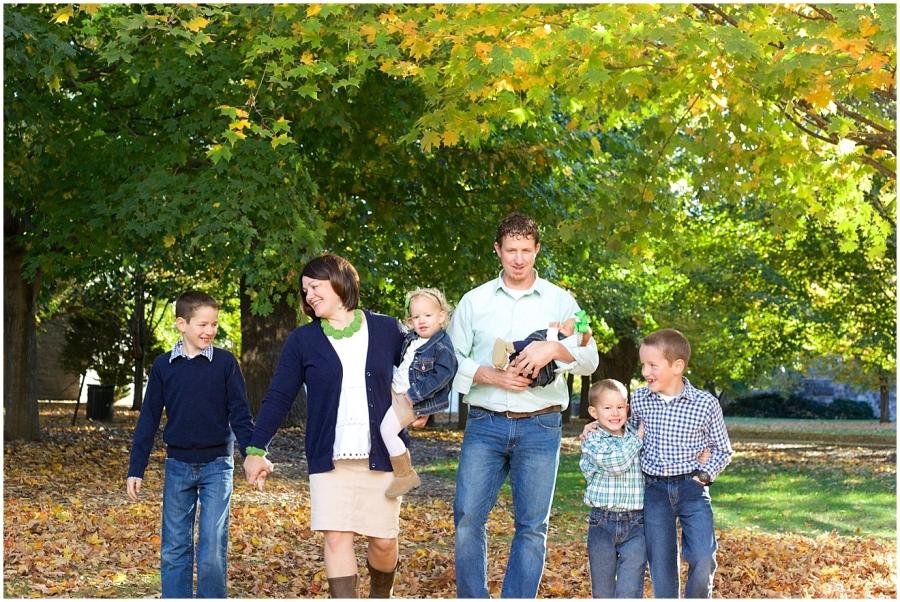 virginia-tech-autumn-family-photography