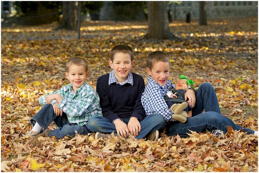 blacksburg-autumn-family-photography