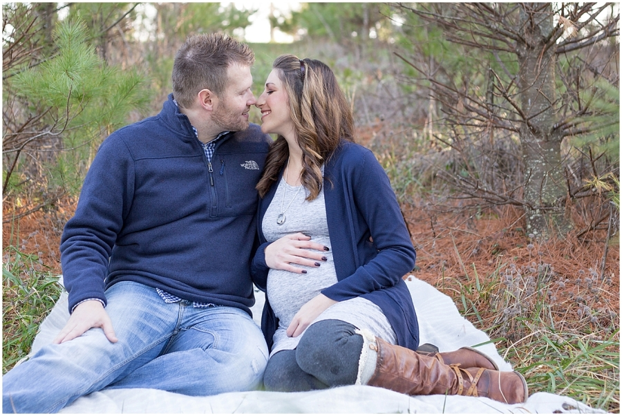 blacksburg-virginia-winter-maternity-photography