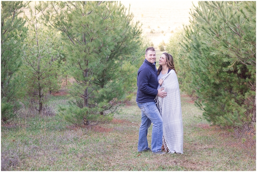 virginia-christmas-tree-farm-maternity-photography