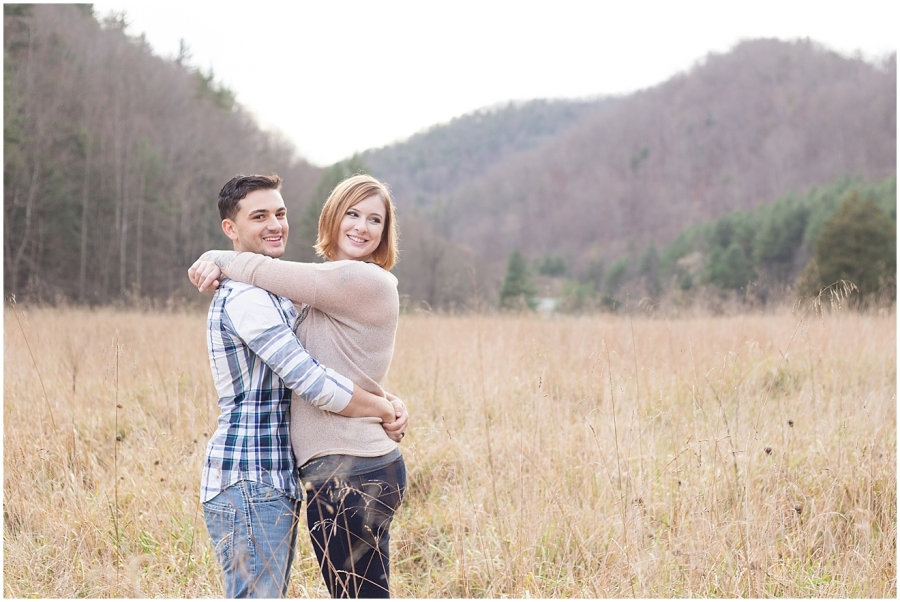 fun-anniversary-photography-session-alta-mons-virginia