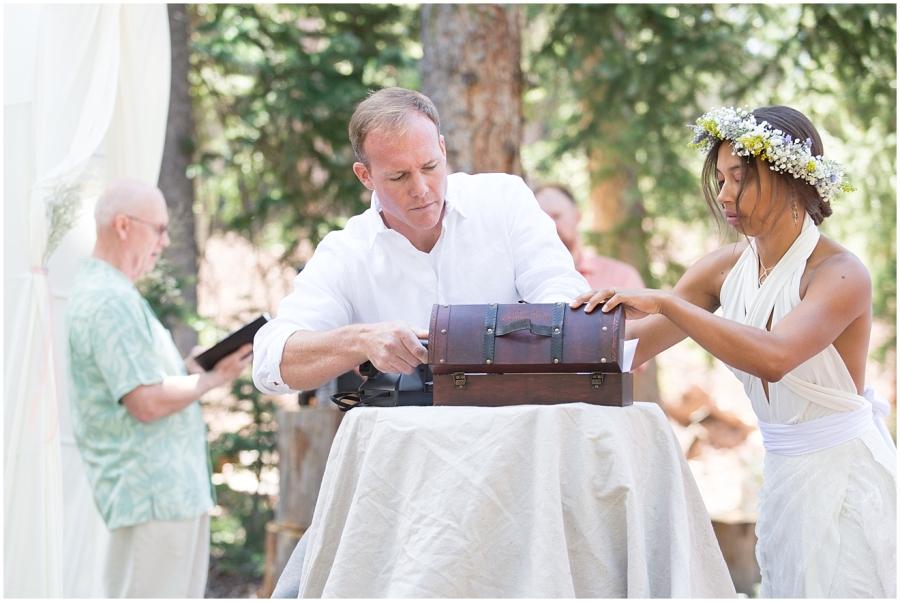 utah-mountain-woodland-wedding_0028
