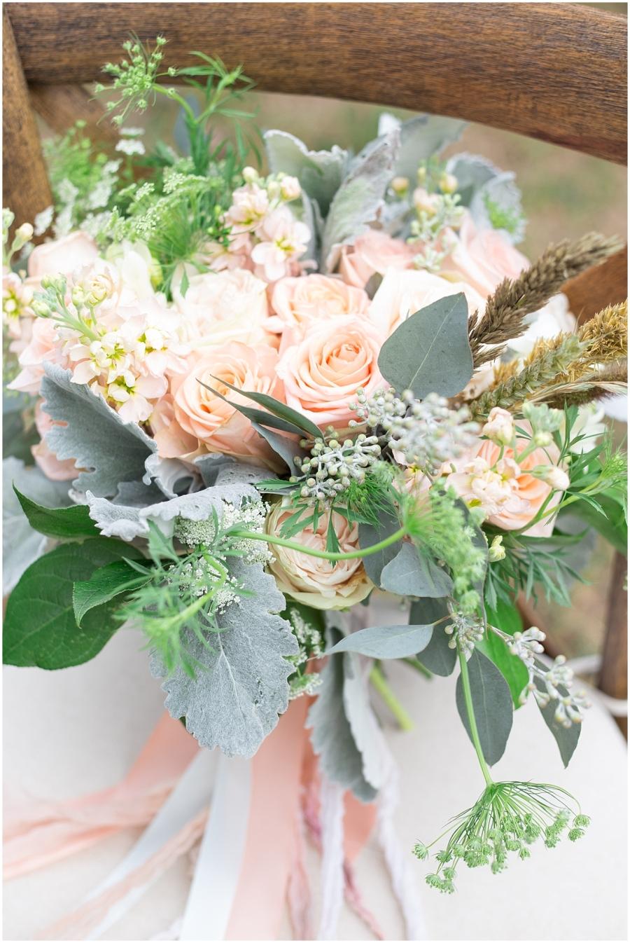 peach-mint-wedding-bouquet