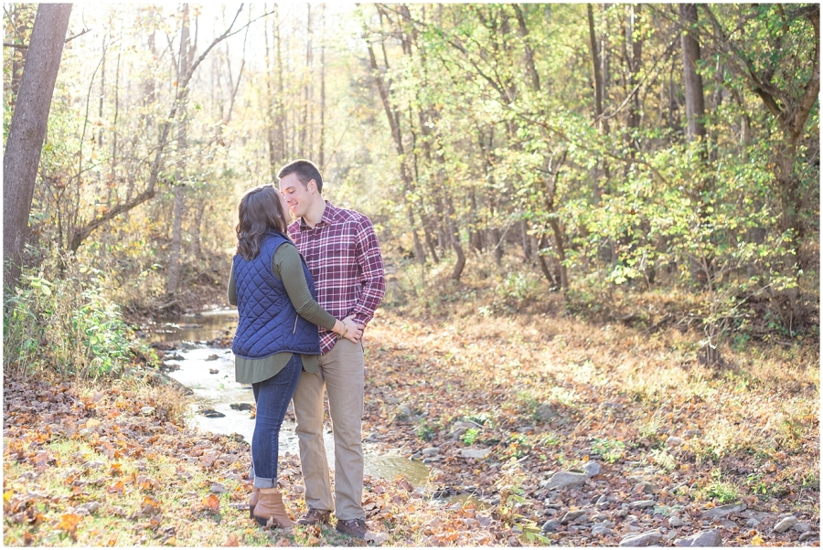 virginia-fall-engagement-photography