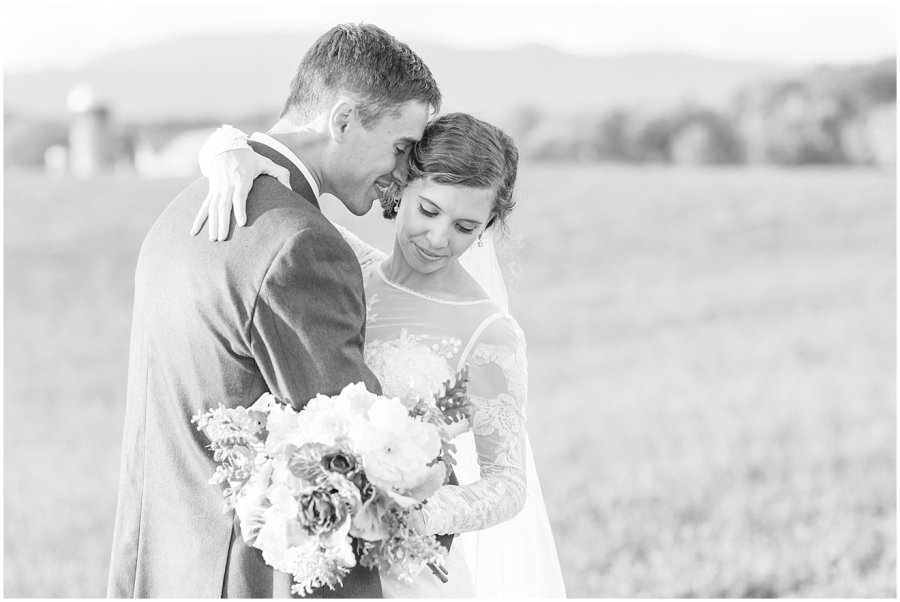 black-and-white-virginia-wedding-photography