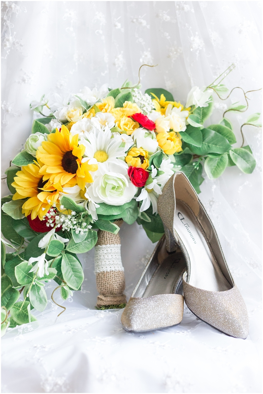 sunflower-wedding-bouquet
