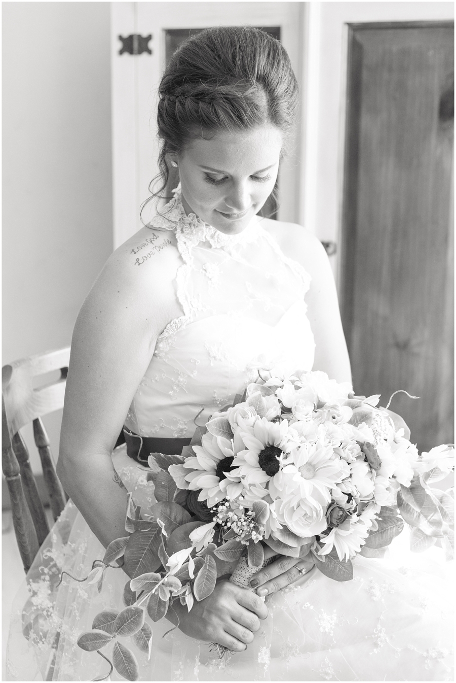 classic-black-and-white-bridal-portrait