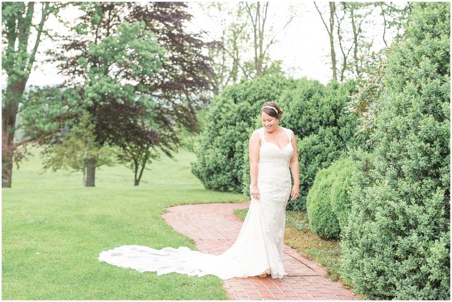 classic-bridal-portraits