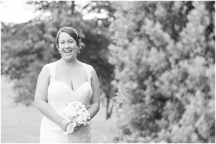 joyful-bridal-portrait