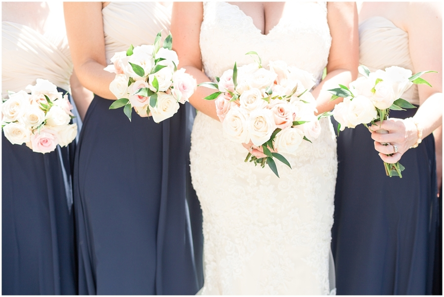 navy-ivory-champagne-wedding_0019
