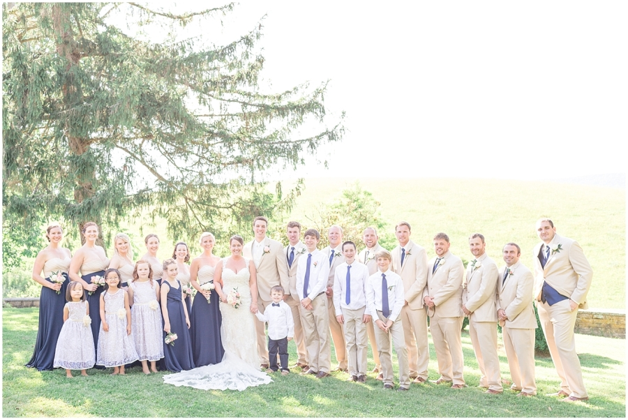 navy-blush-champagne-bridal-party