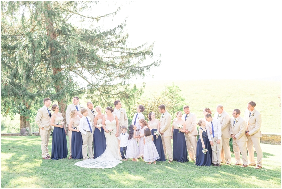 navy-ivory-champagne-wedding_0045
