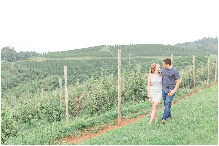 orchard-mountains-engagement-photos