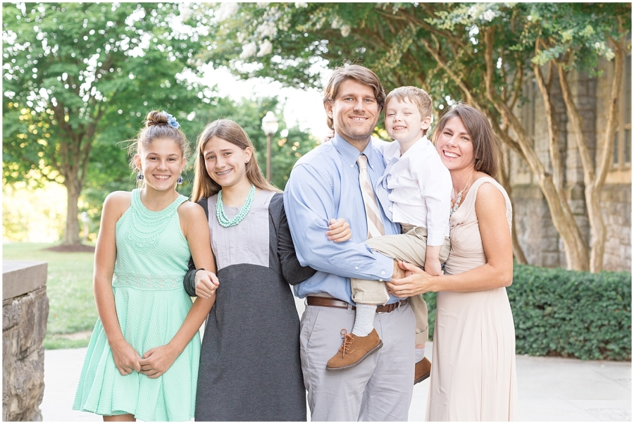 mint-blue-gray-family-photo-session