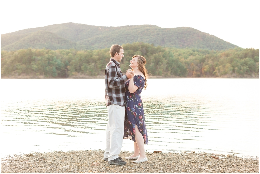 romantic-engagement-photography
