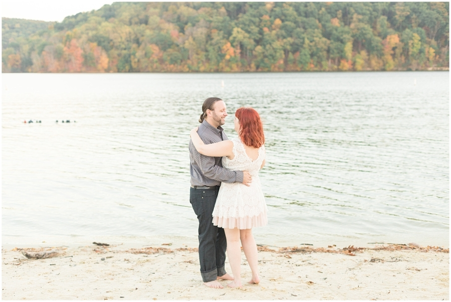 sweetheart-photo-session-claytor-lake-state-park