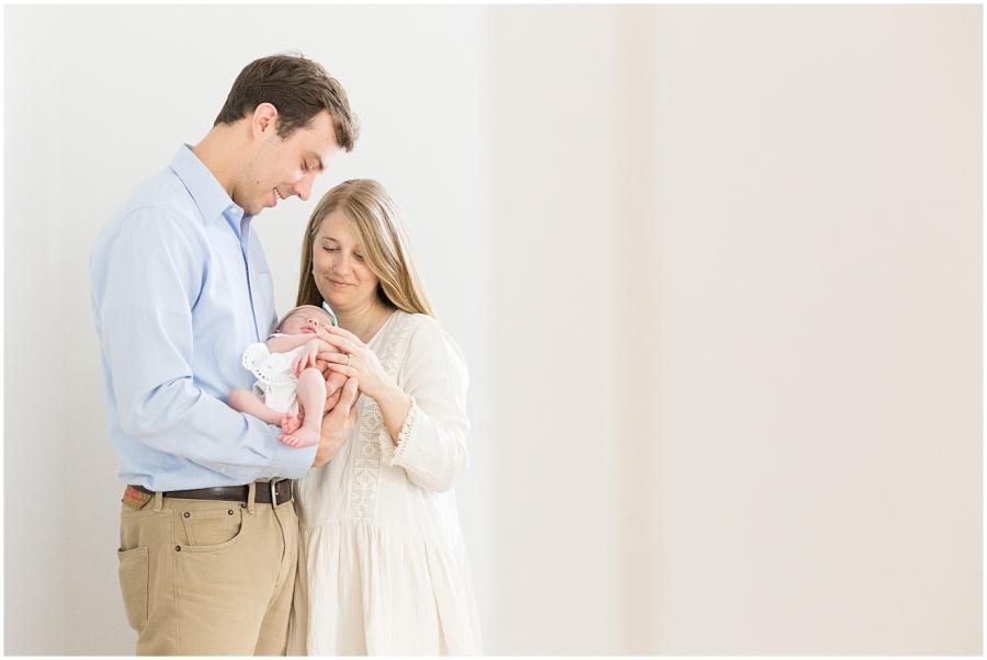 salem-va-lifestyle-newborn-photographer