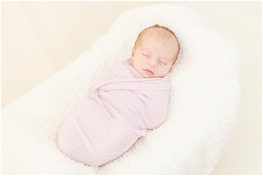 roanoke-va-newborn-baby-girl-photo-session